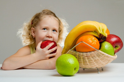 Childhood Obesity: Make Weight Loss A Family Affair ~ Eat Nutritious Foods