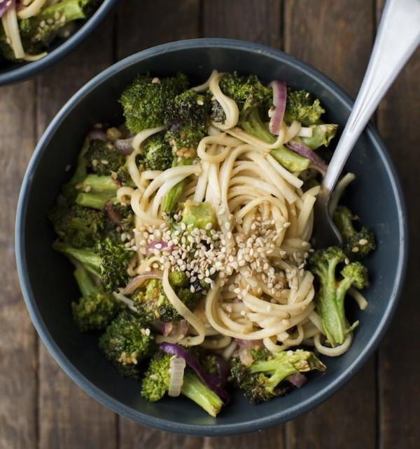 Roasted Broccoli Peanut Noodles